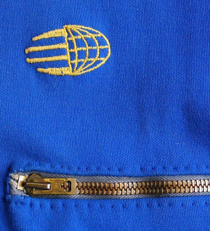 画像2: ◆70sヴィンテージadidas【地球儀ロゴ】後付け胸ジップ