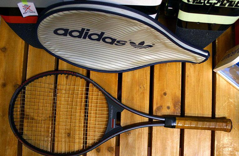 画像1: ◆70sヴィンテージadidasテニスラケットMUGNUM35
