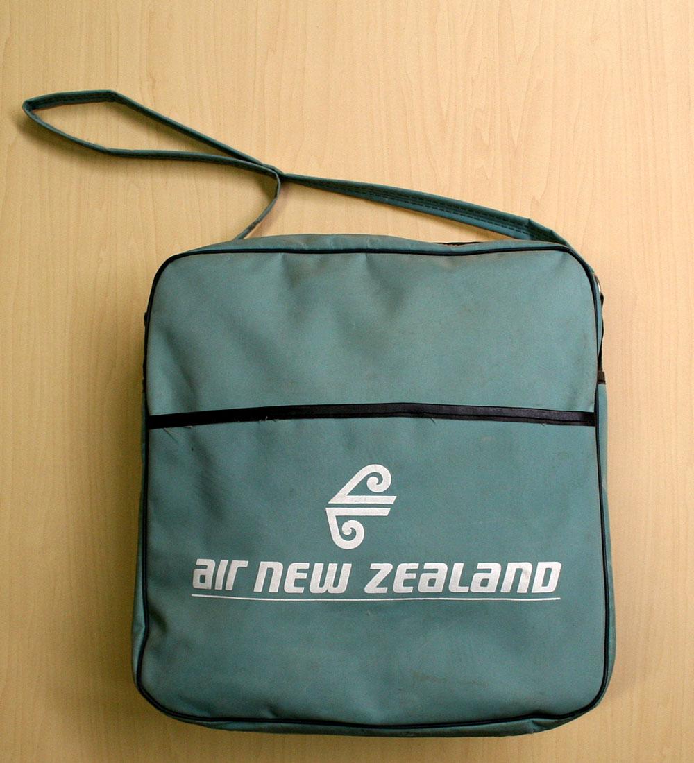 画像1: ◆70sヴィンテージair new zealand【希少】エアライン バッグ