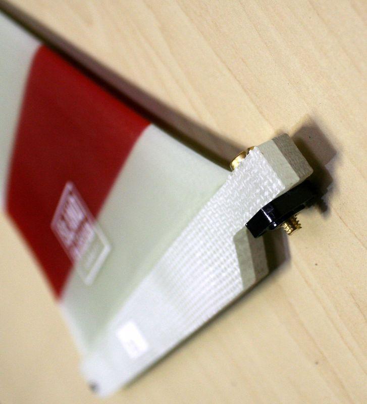 ボルト×ナット:真鍮、フェノール樹脂