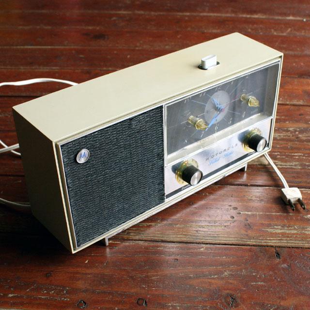 画像1: ◆アンティークMOTOROLA ラジオ時計【アメリカ製】